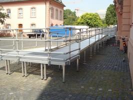 Rollstuhlrampe Wendepodest Landtag Mainz